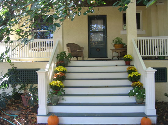 On the Park: the front steps