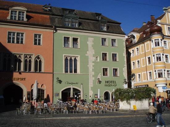 The Kaiserhof Hotel (Hotel Kaiserhof am Dom)