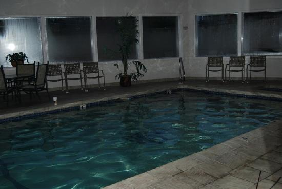 Stratford Inn: Indoor Pool