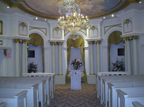 Las vegas wedding venues where to get married for Paris las vegas wedding