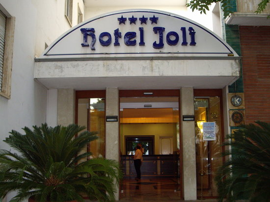 Hotel Jolly