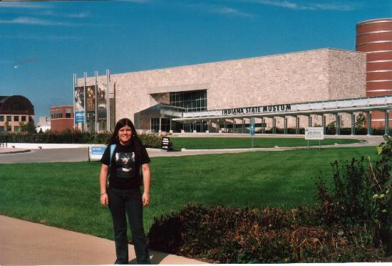 Holiday Inn Express Indianapolis Downtown City Centre: Steph in Front of the Indiana State Museum going to attend the LOTR exhibition
