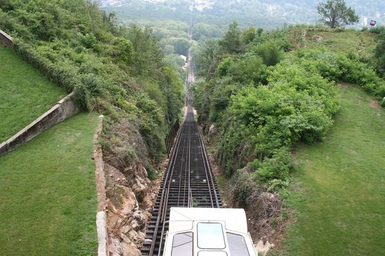 Chattanooga, TN : Lookout Mountain Incline Railway