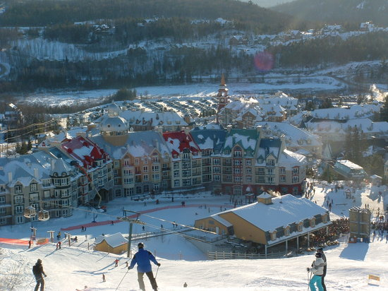 Mont Tremblant, Canada: Bottom of Flying Mile Lift looking at Village