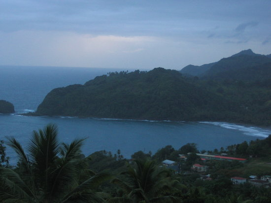 Dominica: Mountains & beaches - all amazingly untouched