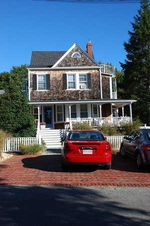 Photo of Crocker House Inn Vineyard Haven