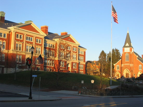 Marlborough, MA: town buildings in the center of downtown Malrborough