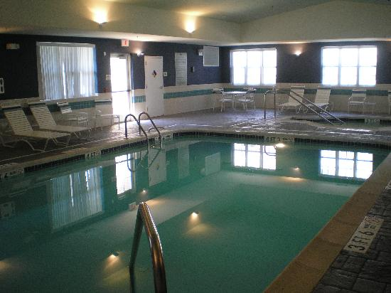 Homewood Suites by Hilton Bethlehem Airport: Pool Area