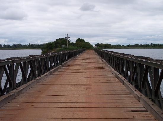 http://media-cdn.tripadvisor.com/media/photo-s/01/09/2e/7d/crossing-the-bridge-to.jpg