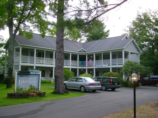 Photo of Lakeshore Inn Motel Glen Arbor