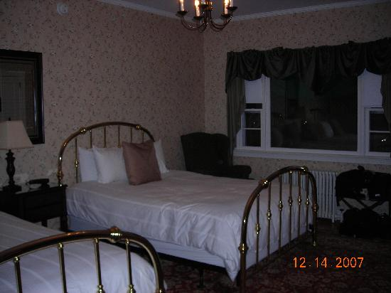 Newport Blues Inn: Easton Room
