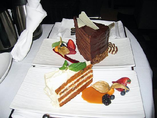 Windsor Arms Hotel: Room Service (Carrot Cake/Chocolate Tower)