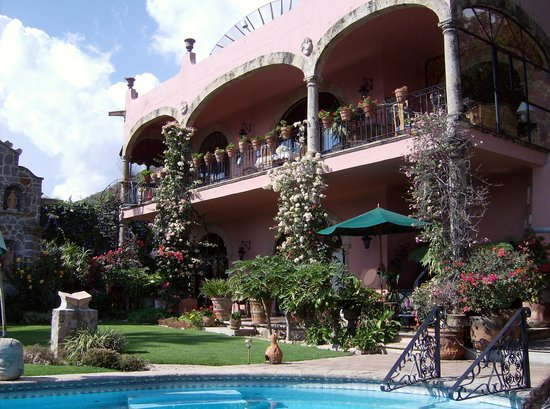 Villa del Angel Bed and Breakfast