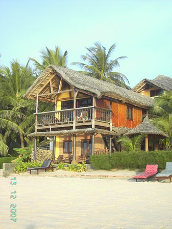 Full Moon Beach Resort