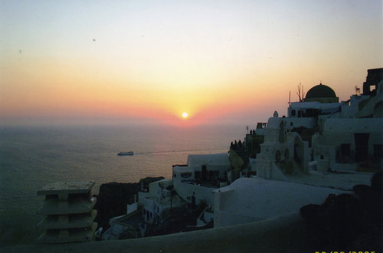 Kamari, Grce : Sunset in Fira 