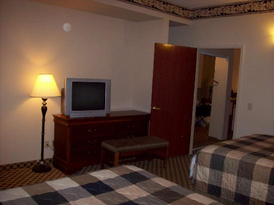 Country Inn & Suites By Carlson, Gainesville: Bedroom (view 2 of 2)