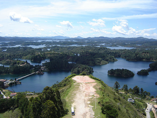 Medellin, Colombie : Embalse de El Peol 