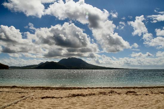 St. Kitts and Nevis: Nevis, as seen from Cockleshell Bay