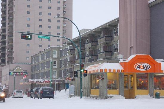Center Square Mall, Yellowknife Inn, and A&amp;W