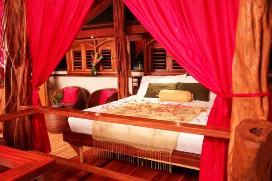 The Red Palm Villas: Every honeymoon villa should come with two bedrooms