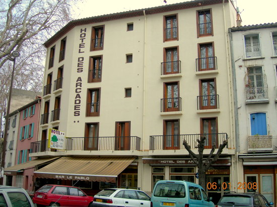 Photo of Hotel des Arcades Céret