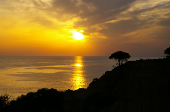 Sheraton Algarve Hotel: November Sunset from terrace bar