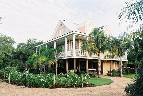 Photo of Victoria Inn and Gardens Lafitte