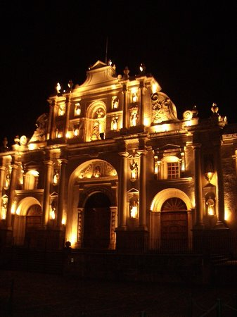 Cathedral in Antigua at night