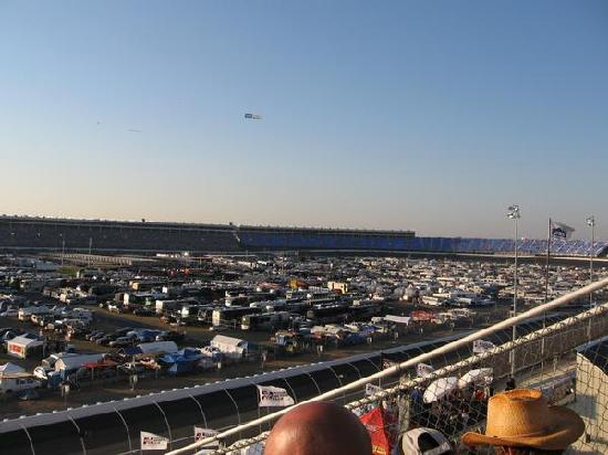 Turns 3 and 4 at dusk picture of charlotte motor for Charlotte motor speedway concord parkway south concord nc