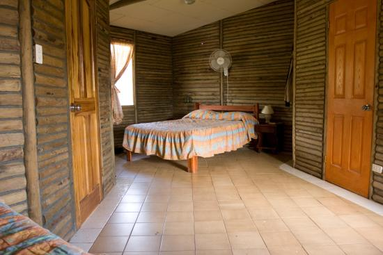 Rincon de La Vieja, Kosta Rika: Inside a Cabin at the Mountain Lodge
