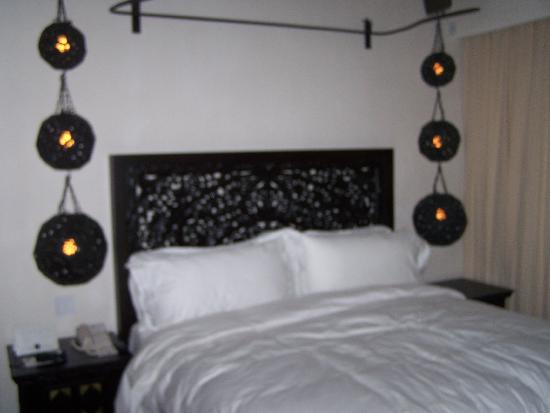 Cabo Azul Resort: Bed in 1-BR