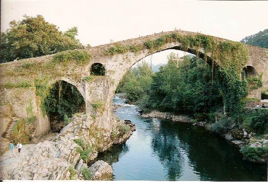 Medieval stone bridge over the Sella River, Cangas de Onis, Asturias, Spain