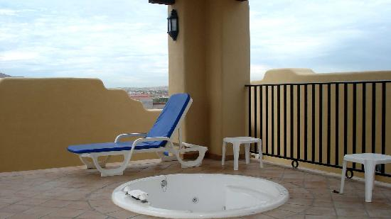 jacuzzi from rooftop of your room picture of hotel riu santa fe cabo san l. Black Bedroom Furniture Sets. Home Design Ideas