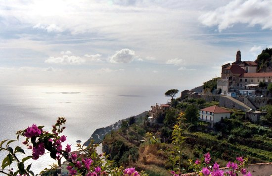 On the road from Agerola to Ravello