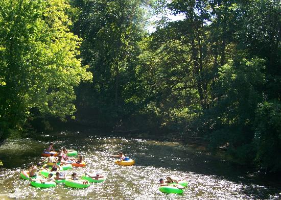 Tubing Down The Chippewa River Picture Of Mount Pleasant