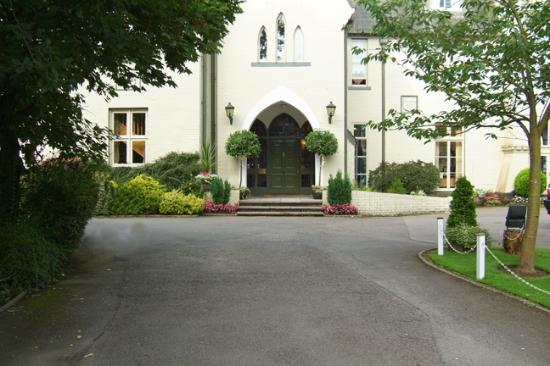 Photo of Glen-yr-Afon House Hotel Usk