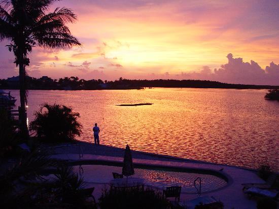 Cape Coral, Флорида: Enjoy the sunsets.