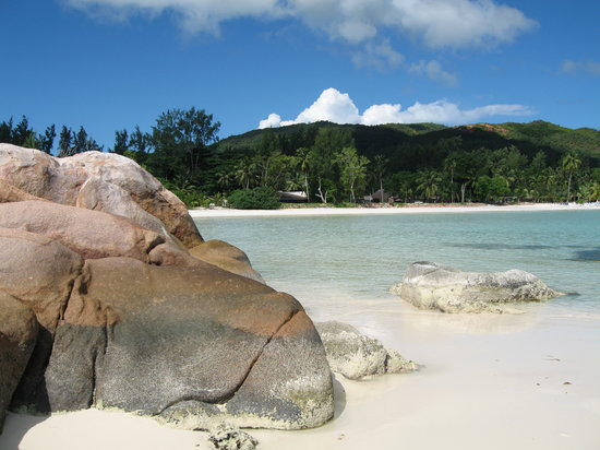 Anse Volbert Vacations