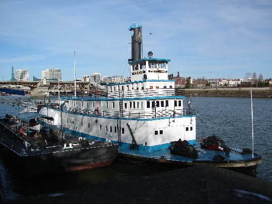 Pictures of Oregon Maritime Museum, Portland