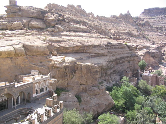 Yemen: around Wadi Dhar
