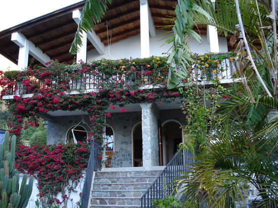 Vulcano Lodge