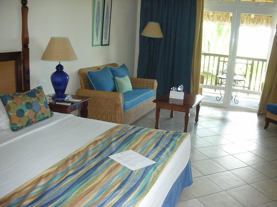 Sands Resort & Spa: Our beautiful room