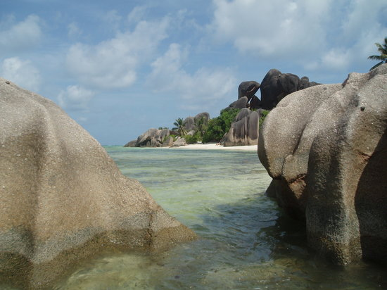 La Digue Island, Seychellerne: Granite everwhere