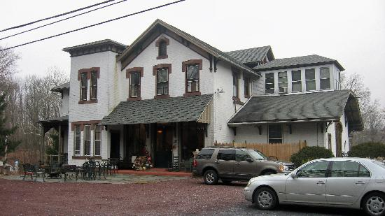 Cornwall Inn