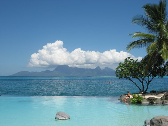 Faa'a, French Polynesia: swimming pool and Moorea