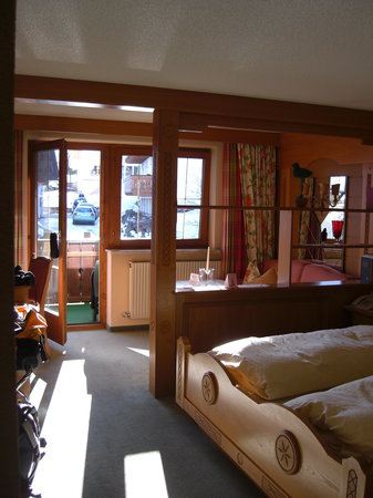Photo of Hotel Madlochblick Lech