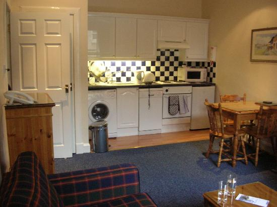 Amazing lovely stay in Edinburgh! - Fountain Court Apartments Morrison  550 x 411 · 32 kB · jpeg