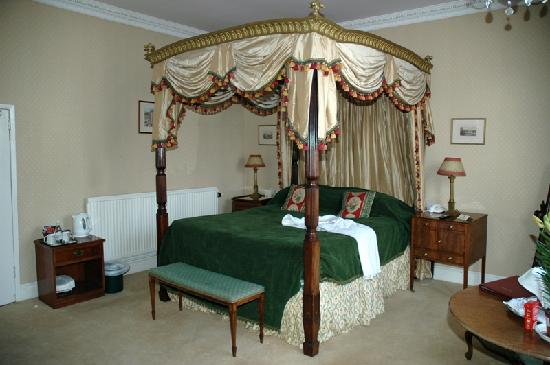 Golden Fleece Hotel: Four Poster Room