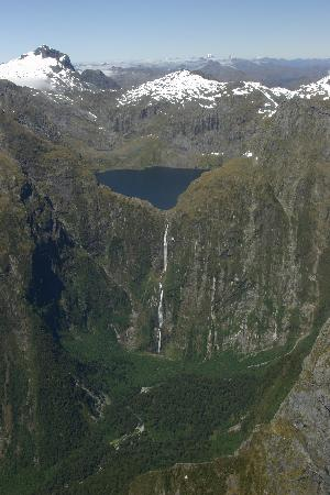Milford Sound Scenic Flights Photo: Sutherland Falls