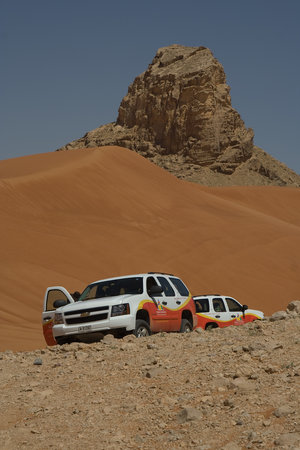 Dubai, De Forenede Arabiske Emirater: 4wd in the desert